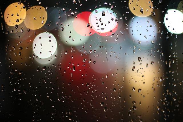 modern cinquain - Rain